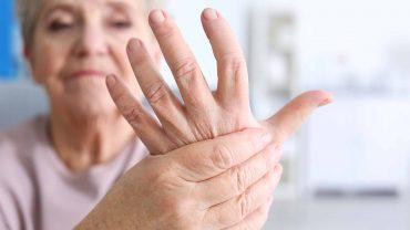 fibromyalgia stiff hands